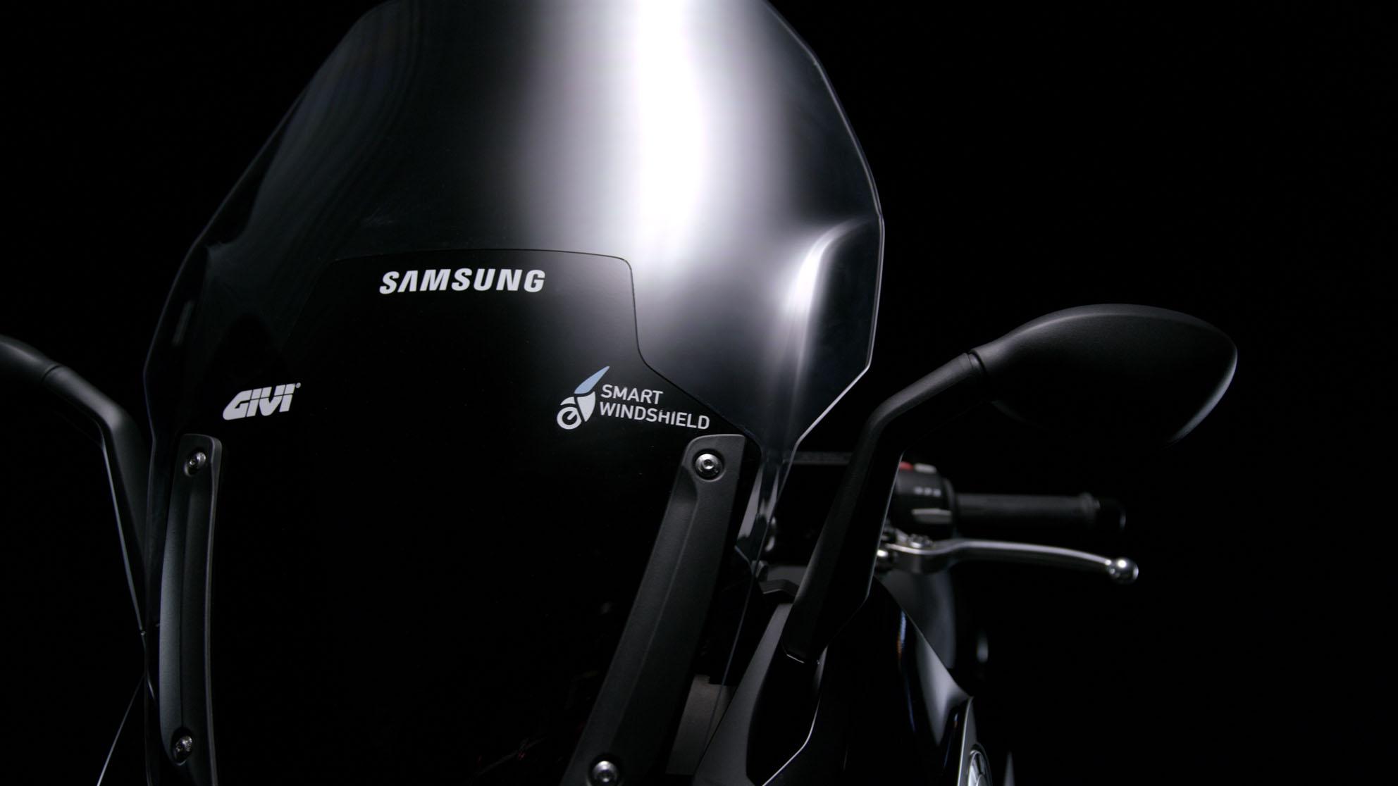 samsung-smart-windshield-apertura